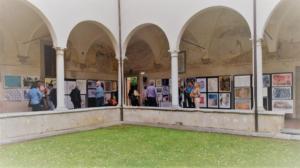 """Chiostro di Sant'Agostino che ha ospitato la mostra """"Nel segno di Michelangelo"""""""